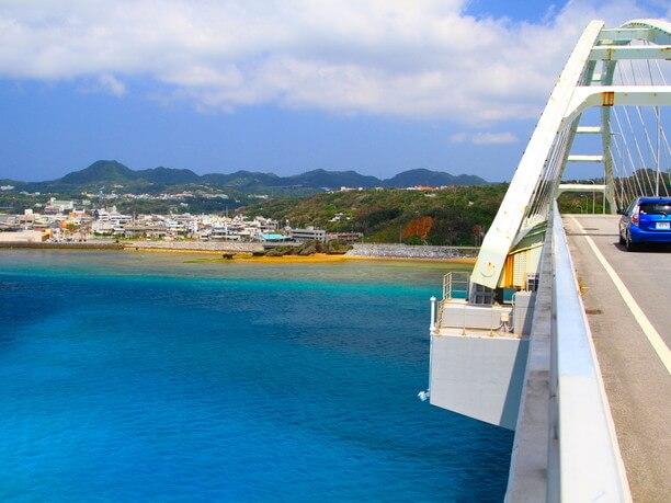 blue sea under the bridge